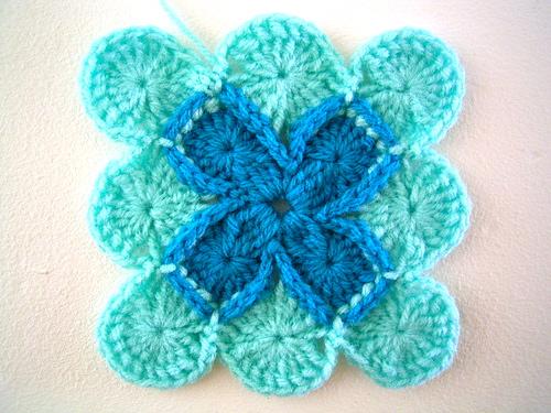 carré granny crochet tuto 2013-2014 2731470526_105b395ee2